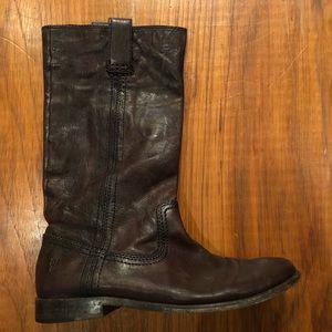 FRYE Super soft pool on flat heel boots